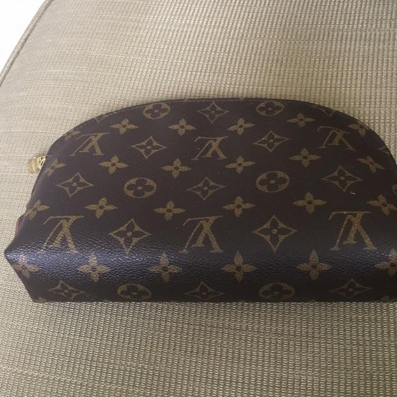 Louis Vuitton Handbags - Louis Vuitton make up bag